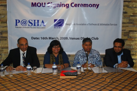 mou-signing-with-the-deputy-high-comm