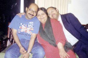 ammi-with-samar-bhai-saheb