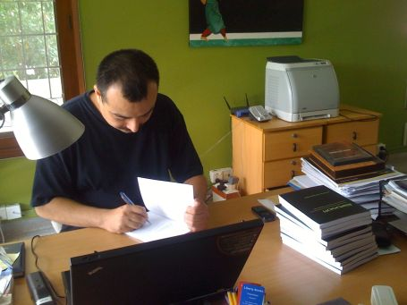 Jaf autographing each copy