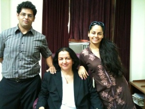 ruk in her chambers with family