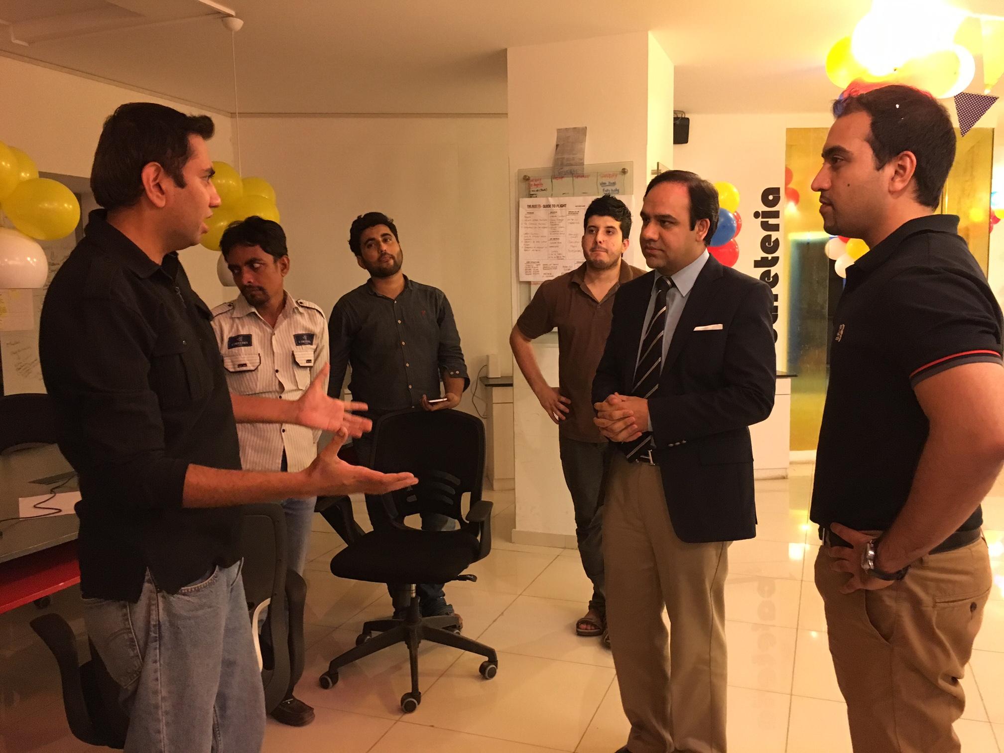 Knavix selling maps to Umar Saif
